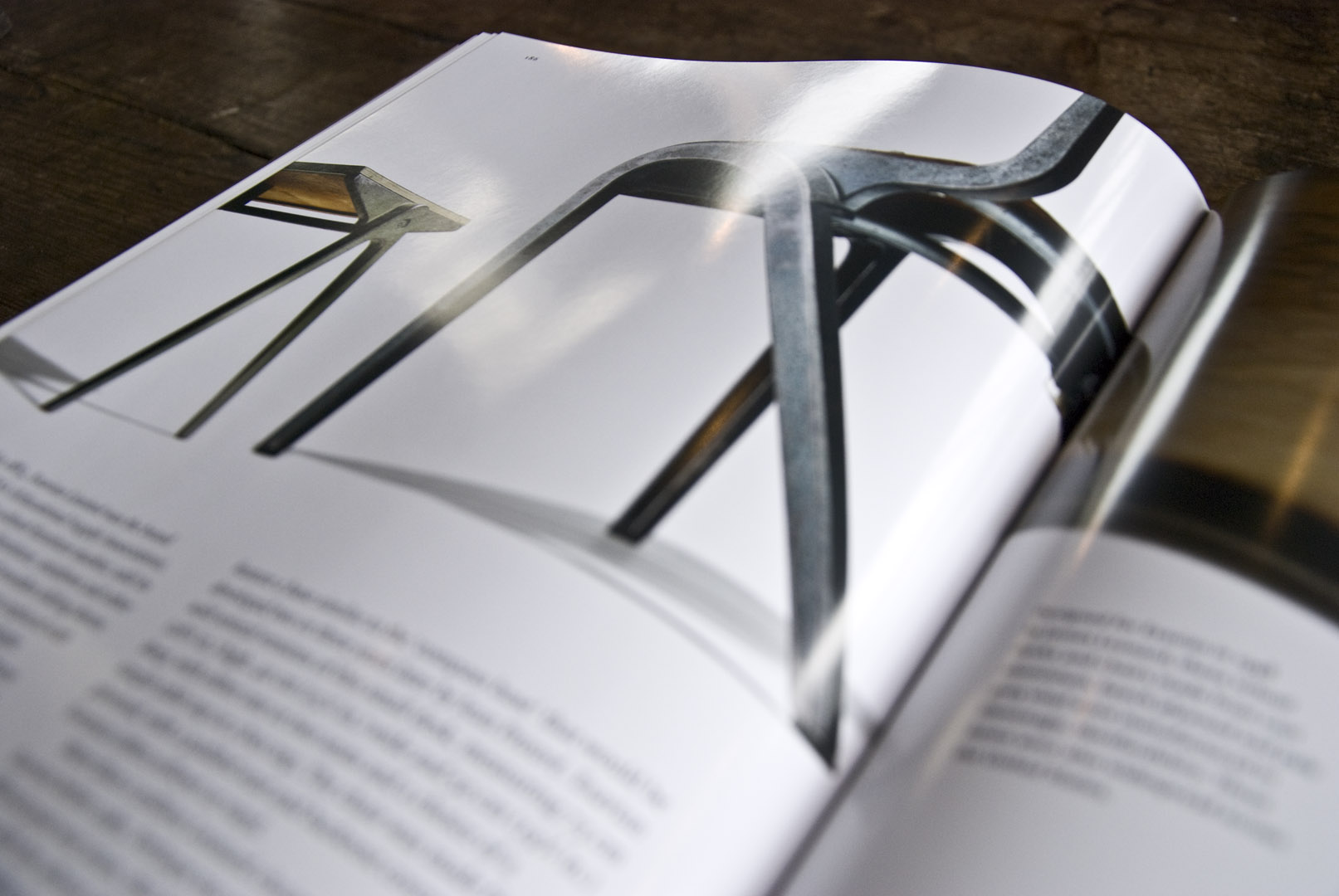 Book Review – Industrial Chic : Cult furniture design and lighting ...